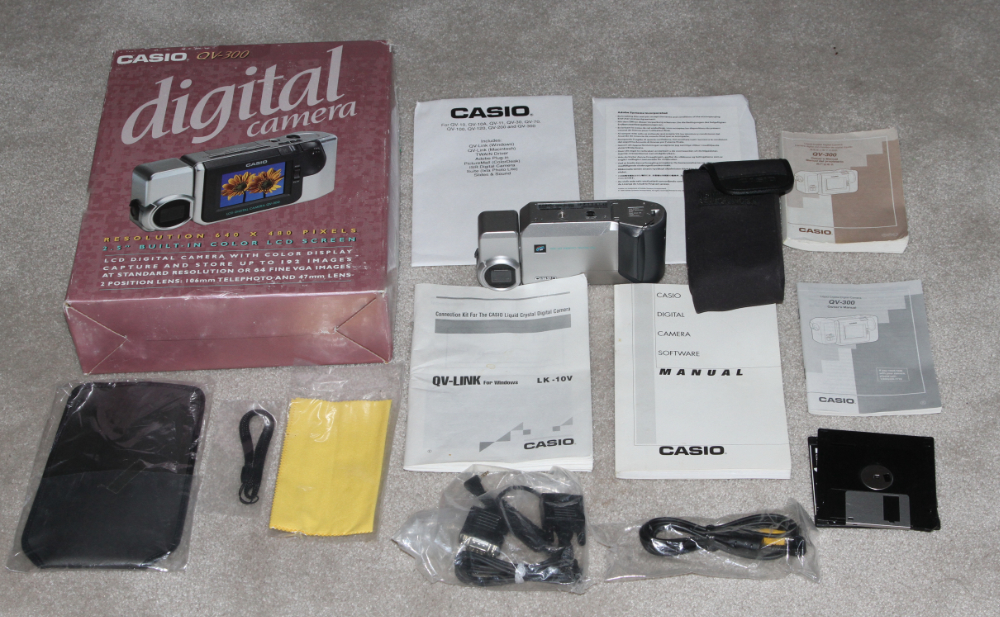 Casio QV-300 digital camera kit
