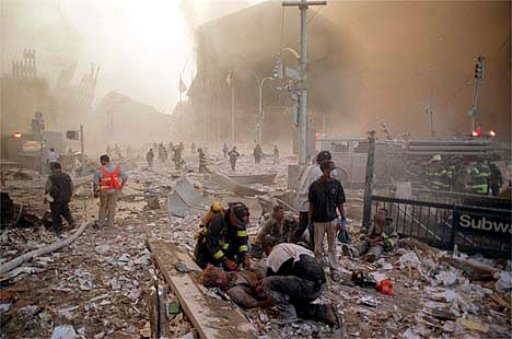 9/11 2001 stree debris photo by chang lee