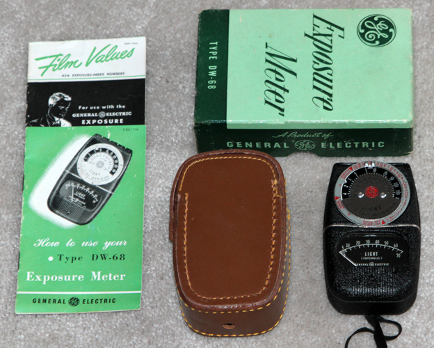 general electric model ge dw-68 vintage light meter 1948