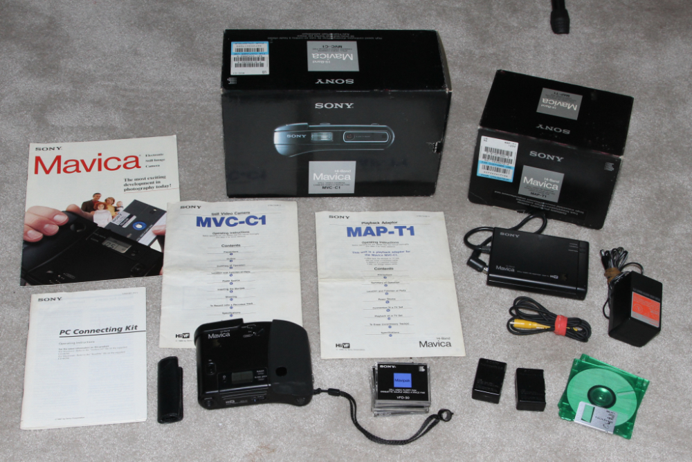 Sonyh Mavica MVC-1 and MVC-A10 kit